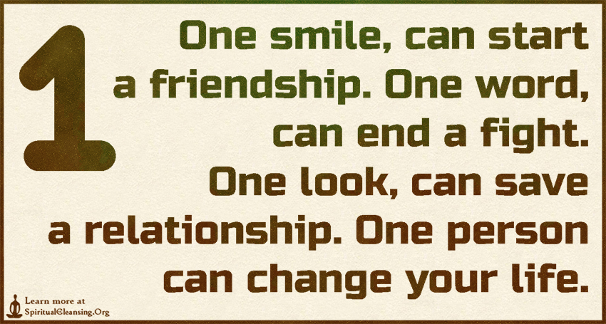Quotes About Smile And Friendship Entrancing One Smile Can Start A Friendshipone Word Can End A Fightone